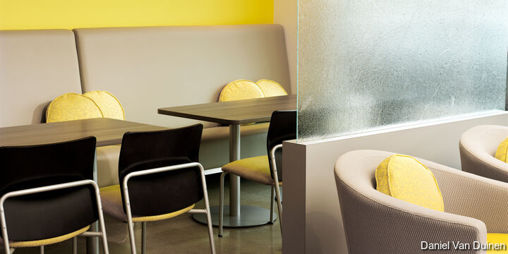 Berman Glass editions™ from Guardian Glass - reception room seating with textured glass privacy barrier