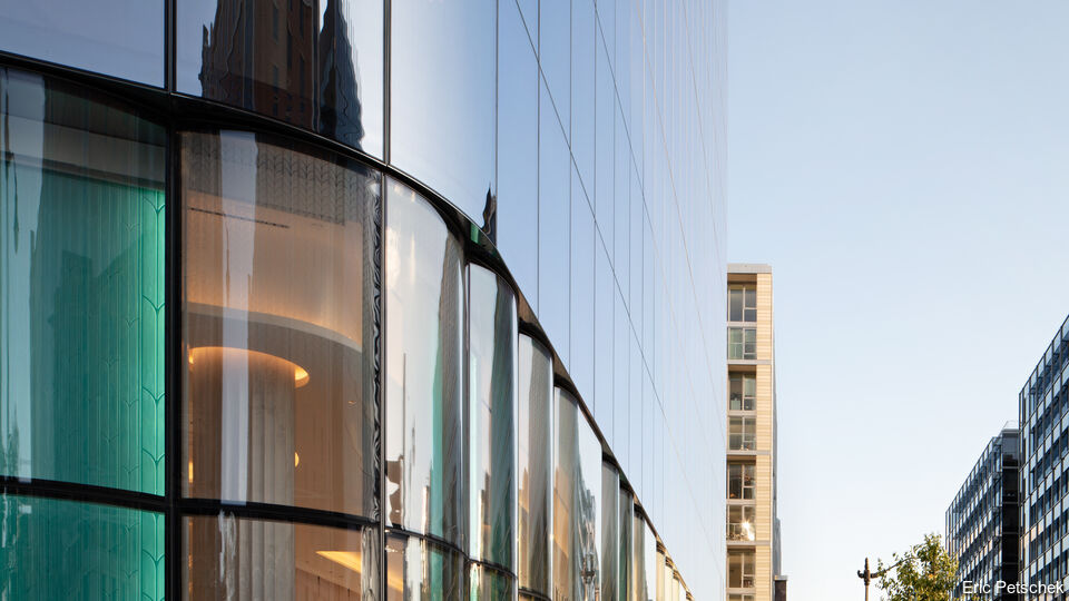 Conrad Washington D.C. Hotel, Washington D.C. | <b>SunGuard AG 43 on UltraClear</b> | Herzog & de Meuron