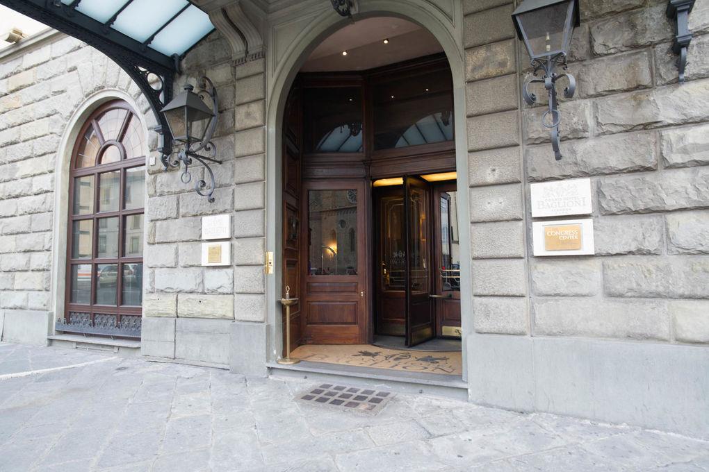 Grand Hotel Baglioni Firenze Entrance At The Grand Hotel