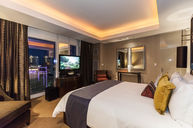 Dynasty Suite