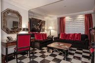Art Deco One Bedroom Suite