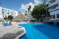 Hamaca Beach Pool