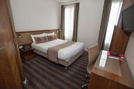 Double Room with Bathtub