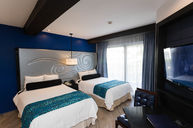 Heaven Deluxe Gold (Double Room)