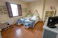 Hierbabuena Room