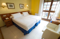 Double Room with Two Single Bed Set-up