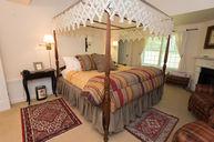 Honeycrisp Cottage