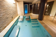 Indoor Pool with Hydromassage