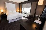 Intimate Queen Room