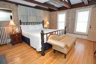 Jefferson Room #11