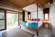 Jungle Deluxe Lodge