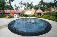 Kids Pool & Playground