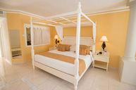 King Bed Junior Suite Ocean Front