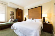 Banyan Classic City Room