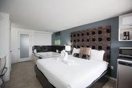 King Jacuzzi Ocean Front Room