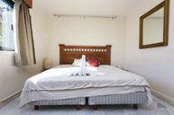 Kingsize bed