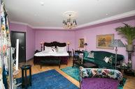 Large Premium Room