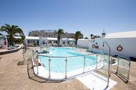 Las Gaviotas IV Pool