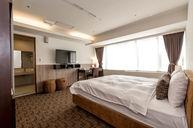 52 VIP Suite