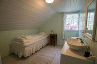 5-Bedroom Storehouse