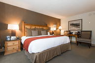 Lodge Standard King Room
