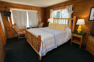 Lodge Room with Bathtub