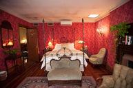 Loulou de la Falaise Room