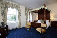 Four Poster Jacuzzi Room
