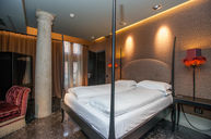 Luxury Room with Private Water Door