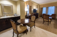 Luxury Suite (alternative)