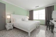 Metropolitan Twin Room