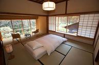 Muegi Japanese Suite