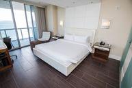 Ocean Front Corner Suite