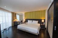 Oceanfront Grand Suite