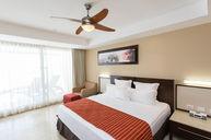 Oceanfront One-Bedroom Suite