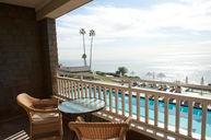 Ocean Surf Guestroom