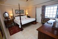 Grande Luxe Room