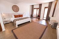 Grand Noi Suite