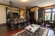 Grand Tuscan Suite