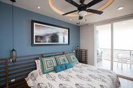 One-Bedroom Corner Suite