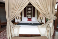 One Bedroom Jacuzzi Villa