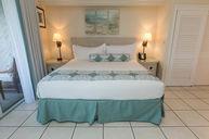 One-Bedroom Oceanfront Deluxe