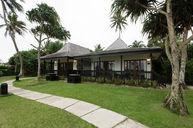 One-Bedroom Oceanfront Villa