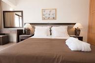 One Bedroom Suite (Sea View)