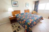 Beachfront Deluxe One-Bedroom Apartment