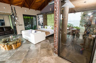 Pacific Jacuzzi Suite