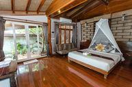 Paradise Seaside Villa
