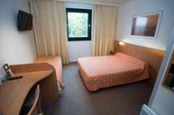 3-Person Room with Bathtub