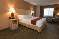 ADA King Bed Room