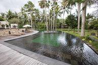 Pool & Sunken Pool Bar